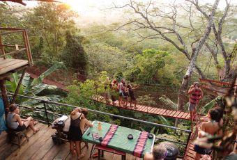 Hostel na Nicarágua tem quartos instalados em casas na árvore