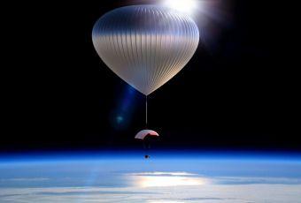 Empresa quer mandar turistas para o espaço... em um balão!