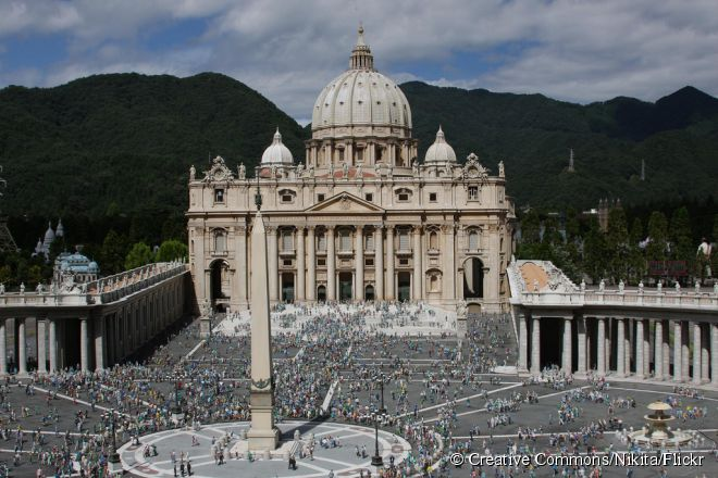 O Tobu World Square mostra a seus visitantes reproduções de 102 monumentos históricos que são conhecidos mundialmente, construídos na escala 1:25