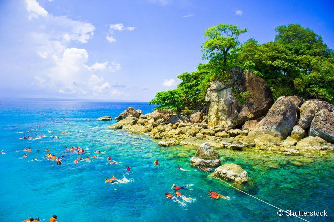 Koh Chang oferece praias intocadas de águas cristalinas e passeios de ecoturismo