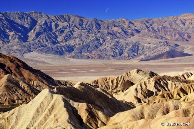 O Parque Nacional do Vale da Morte está na fronteira do estado da Califória com o de Nevada, e é um dos mais incríveis dos Estados Unidos