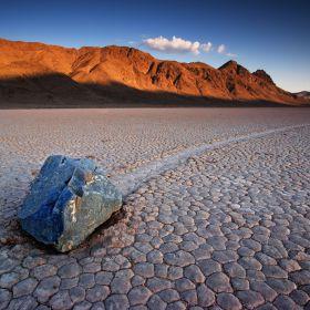 Vale da Morte nos EUA tem pedras que andam