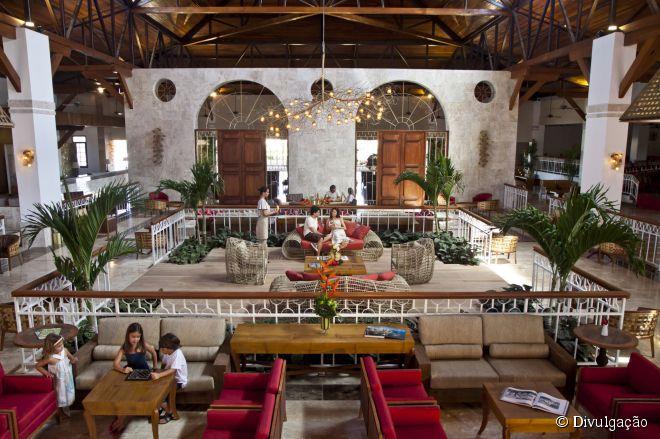 O Grand Palladium Imbassaí Resort & Spa é o primeiro do Palladium Hotel Group no Brasil, inaugurado em 2010