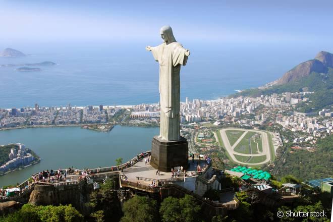 Cristo Redentor é apenas um dos cenários   que dão a essa cidade o título de uma das mais belas do mundo