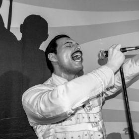 Londres: Casa do cantor Freddie Mercury vira patrimônio histórico