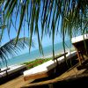 Praia do Toque (Alagoas) -  Localizada a cerca de 100 quilômetros de Maceió, em São Miguel dos Milagres, a Praia do Toque tem uma boa infraestrutura turística e pousadas que combinam charme com informalidade. Um dos passatempos preferidos dos turistas é se refrescar nas piscinas naturais que se formam durante a maré baixa.