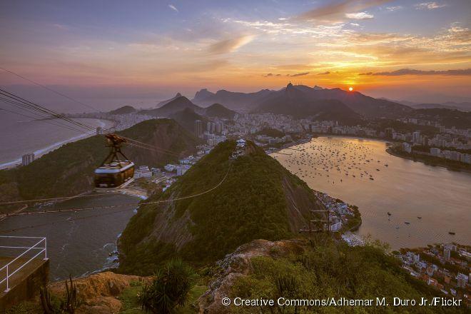 O Rio de Janeiro ficou como segundo colocado e seus cartões postais são conhecidos por todo o mundo como o Pão de Açúcar, Cristo Redentor e Praia de Copacabana