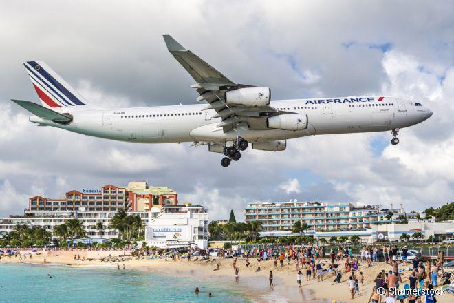 O Princess Juliana, em São Martinho (ou Sint Maarten), é um desses aeroportos que dão medo