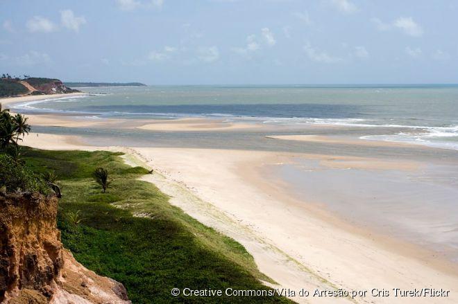 A Barra do Gramame é uma das praias preferidas por quem quer praticar esportes náuticos como windsurfe e kitesurfe