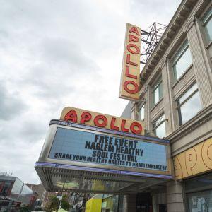 No Harlem, tour passa pelo icônico Apollo Theater, um dos teatros mais emblemáticos de Nova York
