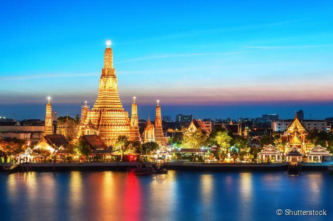 A capital da Tailândia concentra mais de 400 templos em seu território