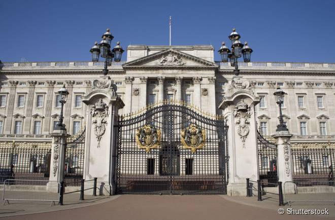 """O Palácio de Buckingham é uma das atrações do roteiro """"Royal London Tour"""""""