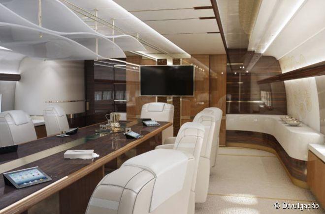 [Internacional] Boeing é transformado em avião de luxo deR$ 1,7 bilhões 22618-o-boeing-de-luxo-possui-diversos-660x0-1