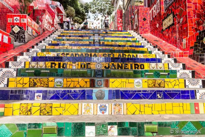 A escadaria Seláron, no Rio de Janeiro, é um dos principais pontos turísticos do bairro da Lapa