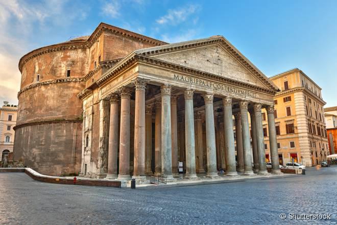 """Panteão e Fontana de Trevi são alguns pontos turísticos visitados no """"Walking Tour"""" romano"""