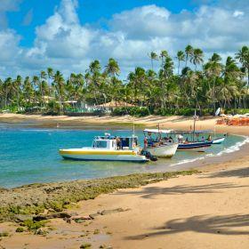 Bahia: conheça as praias da Estrada do Coco