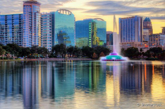 Para quem quer saber um pouco mais sobre a rotina dos moradores de Orlando, o Lago Eola é ideal