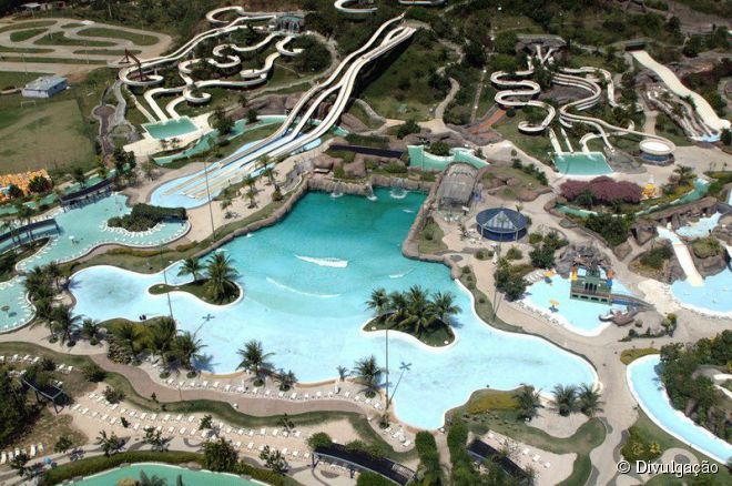 Para quem não é tão aventureiro, as atrações moderadas do Rio Water Planet são ideais