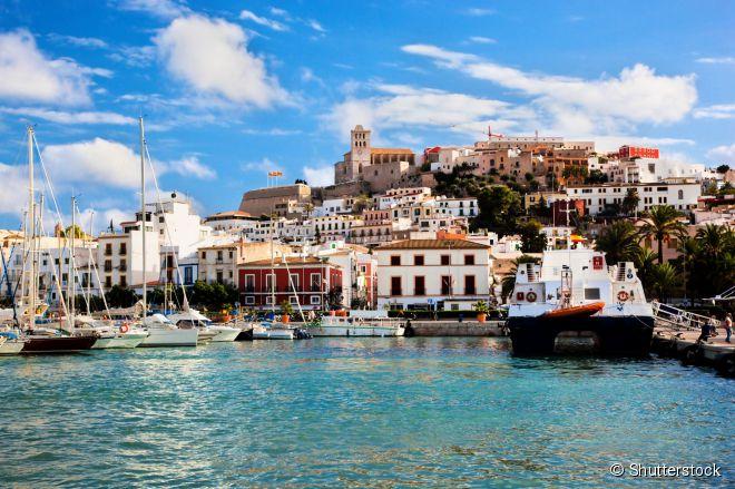 Panorama de Eivissa, a capital e centro administrativo da ilha espanhola