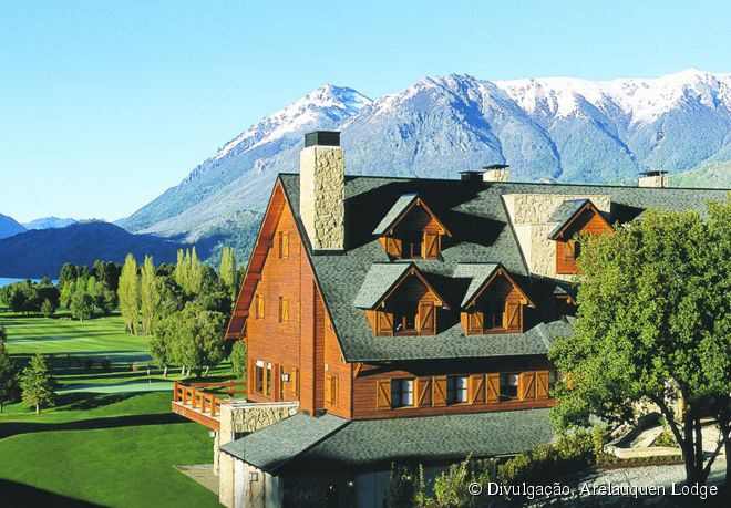 Cercado por belezas naturais, o Arelauquen Lodge fica bem próximo à famosa estação de esqui Cerro Catedral