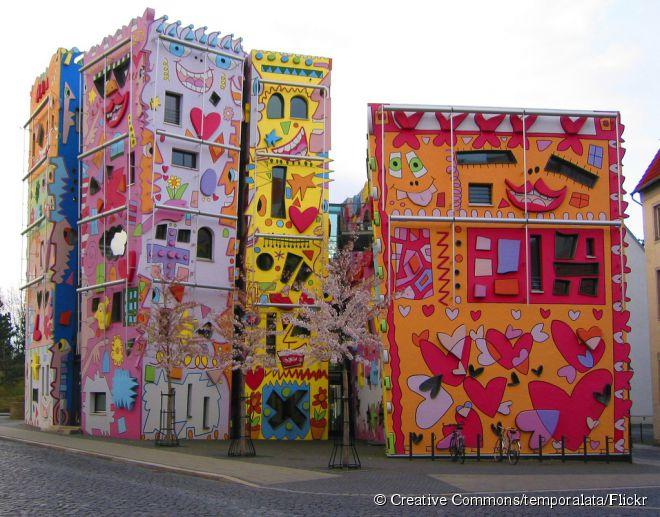 98af04b3e4 A Happy Rizzi House consiste em um conjunto de edifícios que chama a  atenção de todos