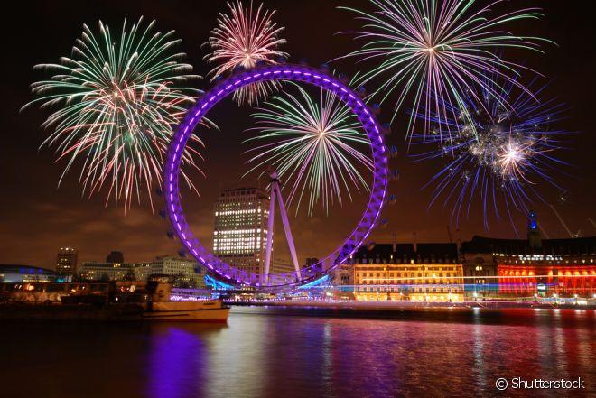 Londres - Corra para lá: se você, mesmo no exterior, faz questão de assistir a uma queima de fogos grandiosa. Fuja de lá: se não quer pagar para ter a melhor vista da London Eye