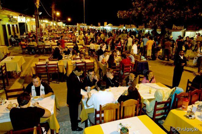 Passarela do Descobrimento (ou Passarela do Álcool) é a região mais boêmia de Porto Seguro
