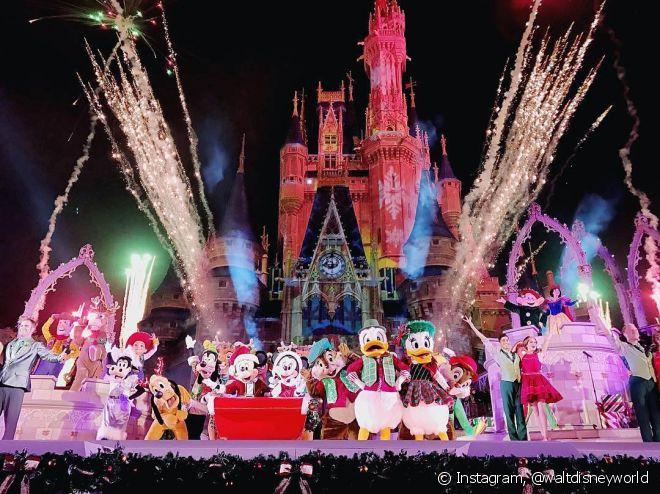 Os fogos de artifícios são clássicos nos shows da Disney!