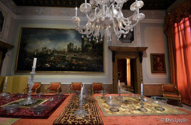Para observar como era a vida da nobreza veneziana entre os séculos 17 e 18, vá ao Museo di Palazzo Mocenigo, inaugurado em 1985 e instalado em um belíssimo casarão secular