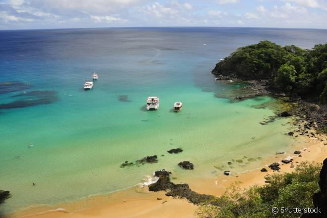 Baía do Sancho, em Fernando de Noronha, é considerada a melhor praia do mundo