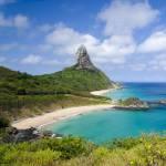 Fernando de Noronha é uma das ilhas mais...