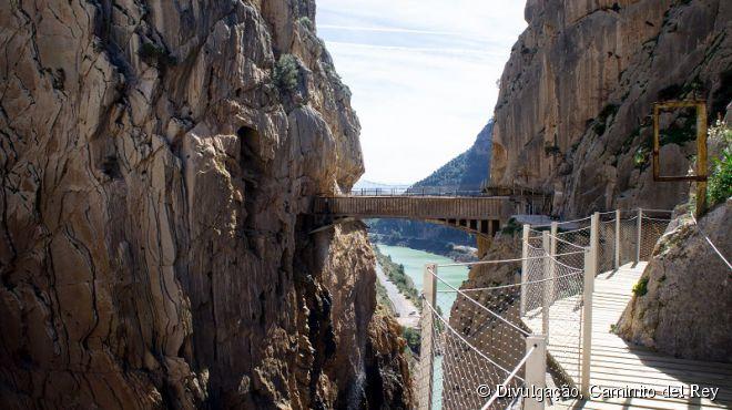 Apesar de ser conhecida como a passagem mais perigosa do mundo, depois da reforma o Caminito del Rey ficou bem mais seguro