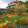 Claude Monet's Gardens, Giverny:  situado no norte da França, o jardim faz parte da propriedade onde morou Claude Monet, tendo inspirado dezenas de quadros do famoso pintor impressionista. O local é dividido em dois espaços, um jardim de flores e um jardim de inspiração japonesa, contendo plantas de água, como belos lírios d'água. Aberto diariamente, das 9h30 às 18h