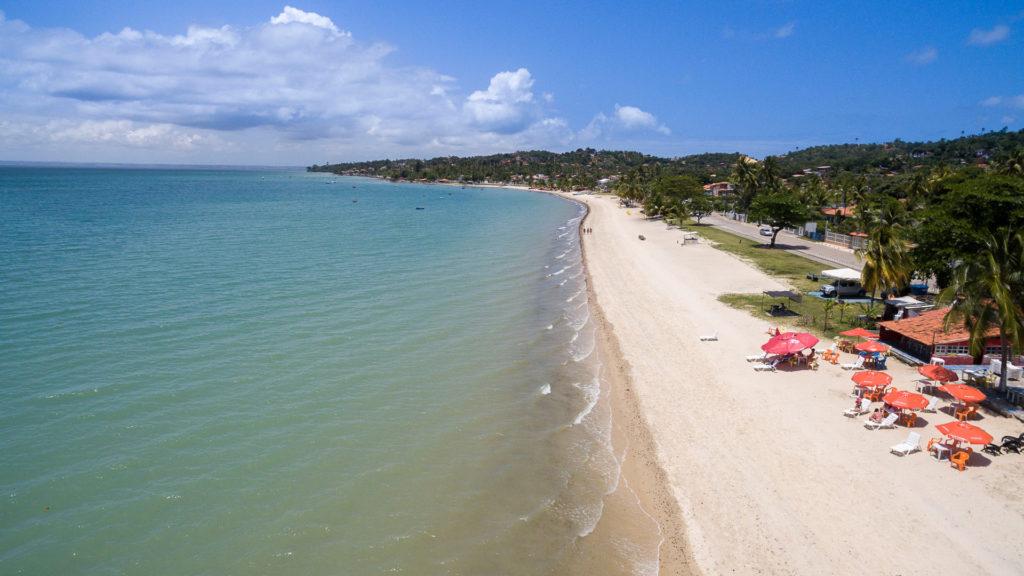 Ponta de Areia é uma das praias mais bonitas da Bahia