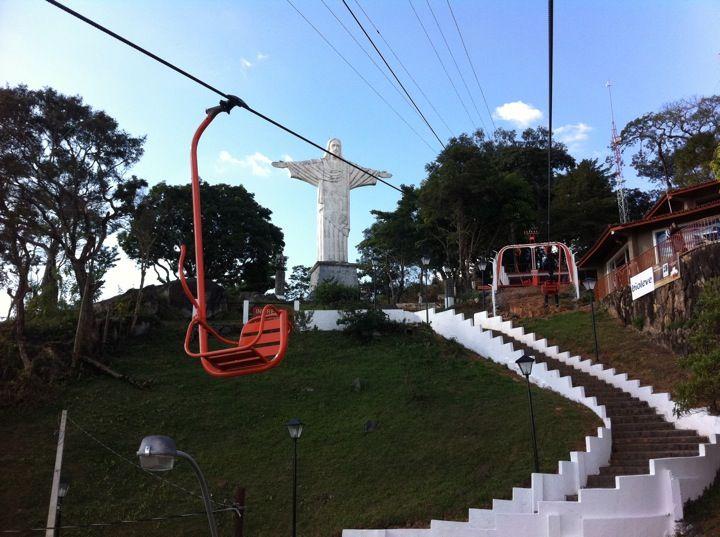 Cristo Redentor e Teleférico de Serra Negra