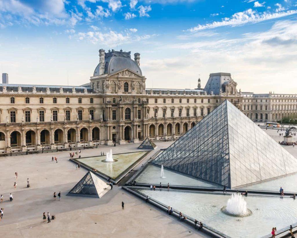 Passeio em Paris: Louvre